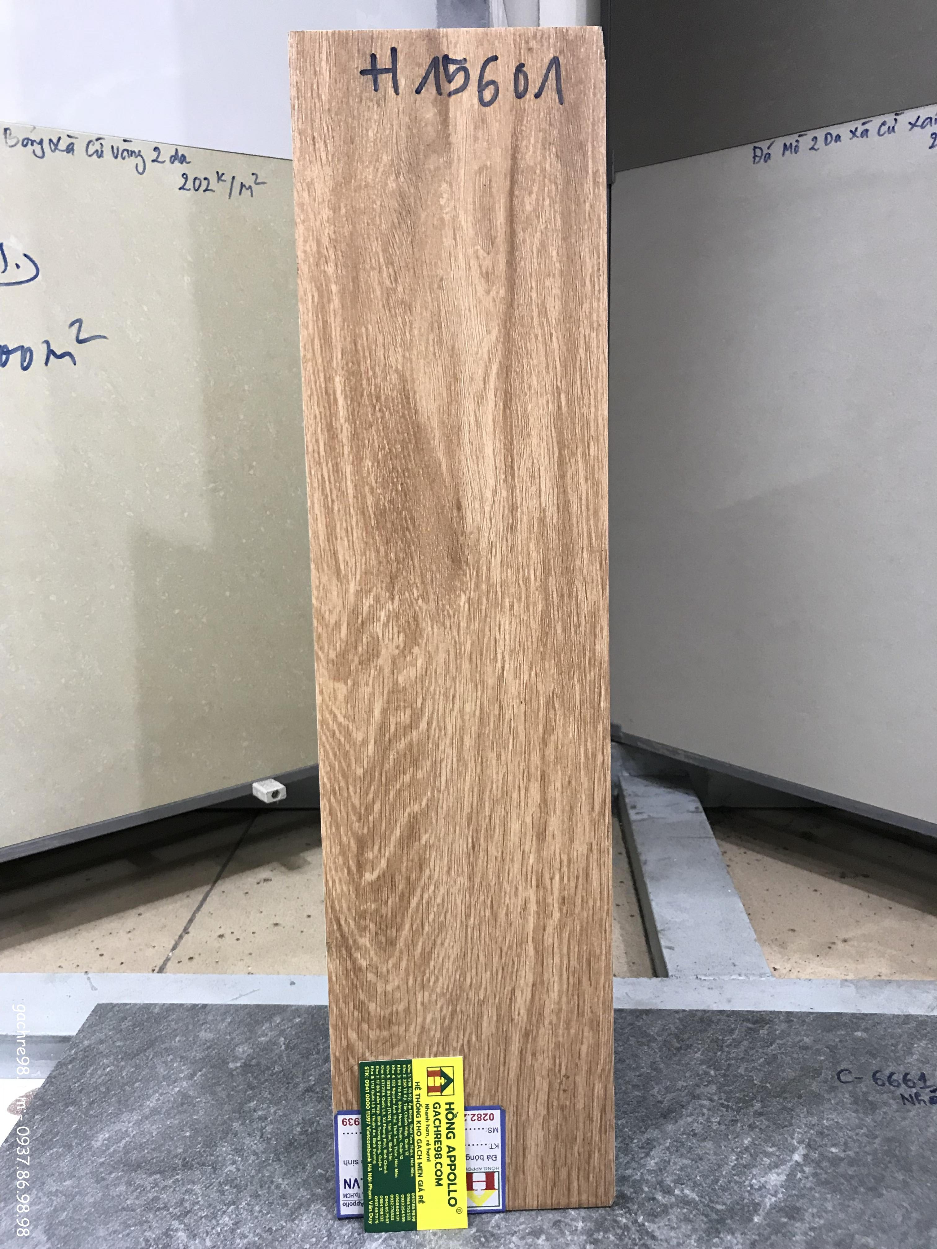 Gạch vân gỗ lót sàn giá rẻ 15x60