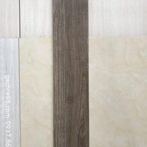Gạch gỗ 15x80 giá rẻ