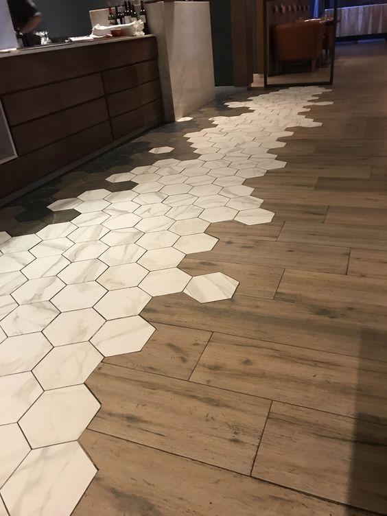 Gạch giả vân gỗ và gạch lục giác trắng