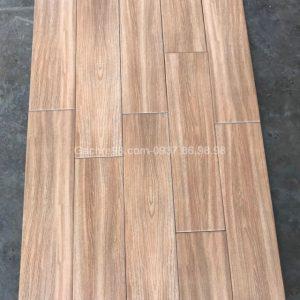 Gạch giả vân gỗ 15x60 giá rẻ tphcm