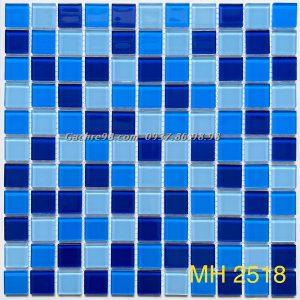 Gạch mosaic kính đẹp ốp bếp