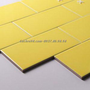 Gạch thẻ ốp tường màu vàng