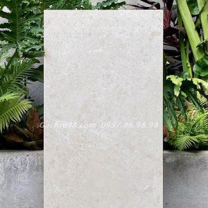 Đá bóng kiếng Ấn Độ 600x1200