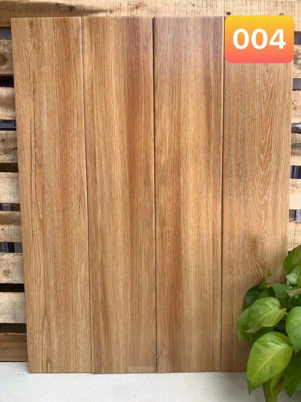 Gạch giả gỗ giá rẻ 2020