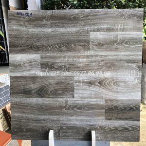Gạch giả gỗ màu đen 60x60