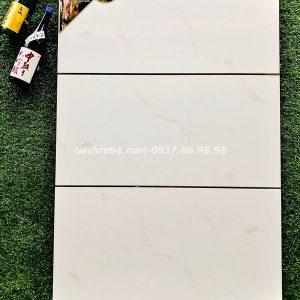 Ốp tường 40x80 Trung Quốc tphcm