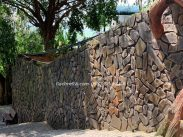 Đá ốp tường rào giá rẻ